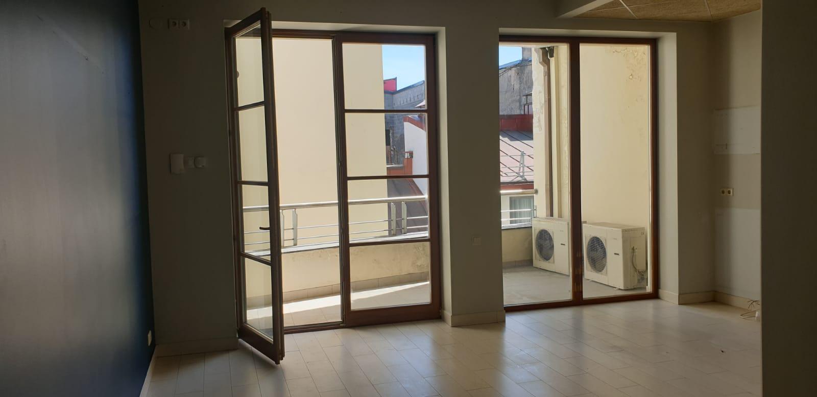 Продается квартира в Старой Риге, Ул. Грецинеку.