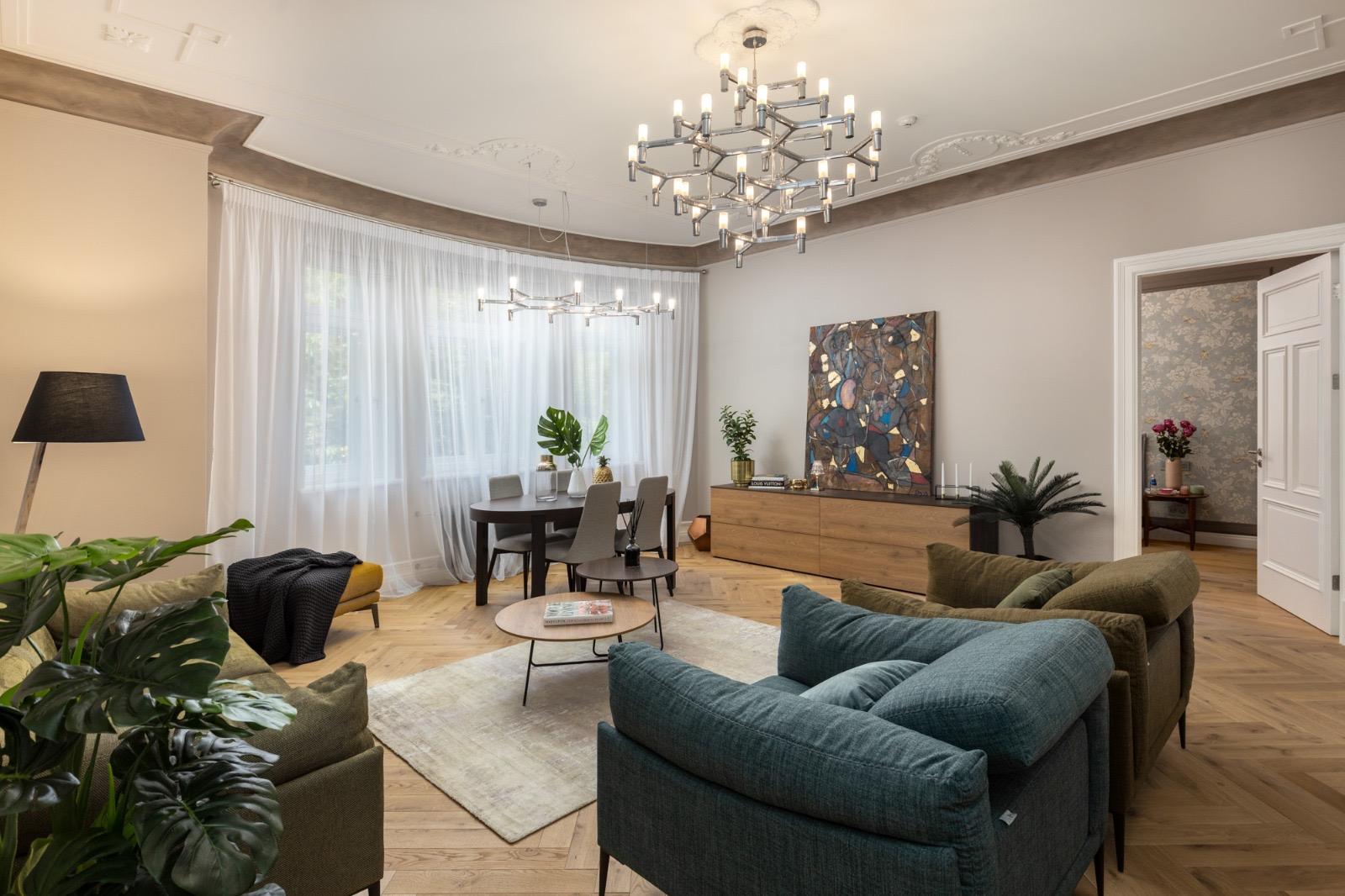 В тихом центре, в реновированном доме, сдается новая квартира
